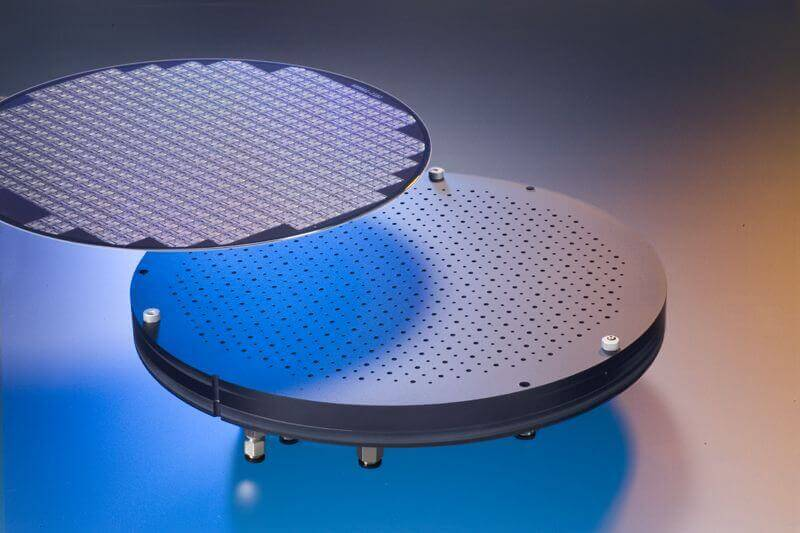 CoreFlow Develops a non-contact chuck for Semiconductor Silicon Wafers